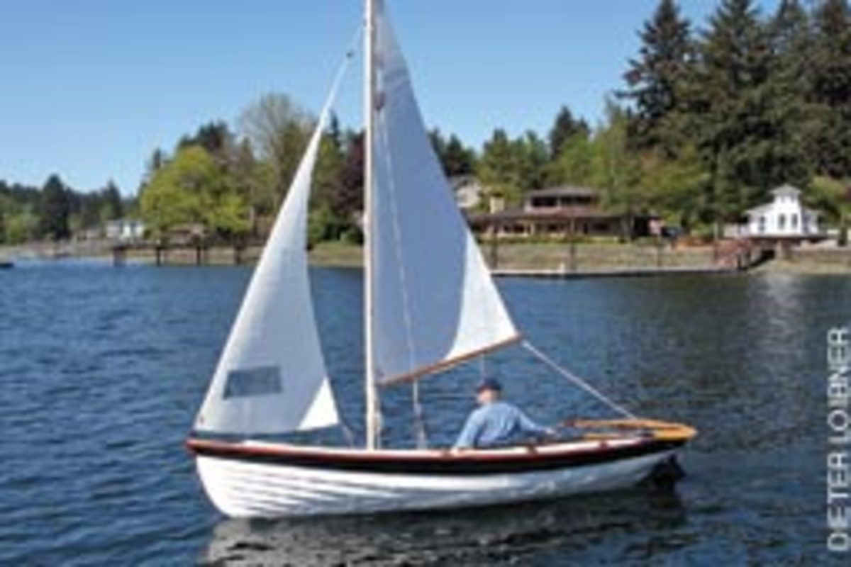 Gig Harbor Boat Works build traditionally styled boats from 8 to 17 feet. This is the 17-foot Jersey Skiff.