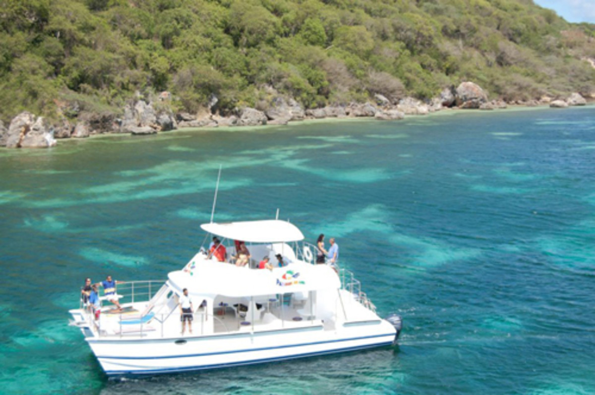 Resorts buy Aventura catamarans to take guests on excursions such as snorkeling, scuba diving or just taking in the scenery.