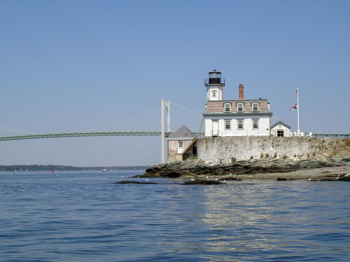 Rose Island Lighthouse photo