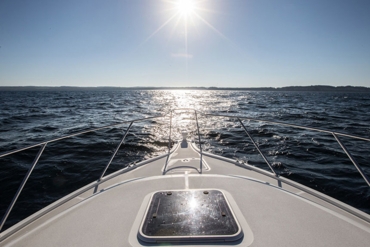 A checklist will help keep you on track, whether you're cruising for a week or spending a day on the water.