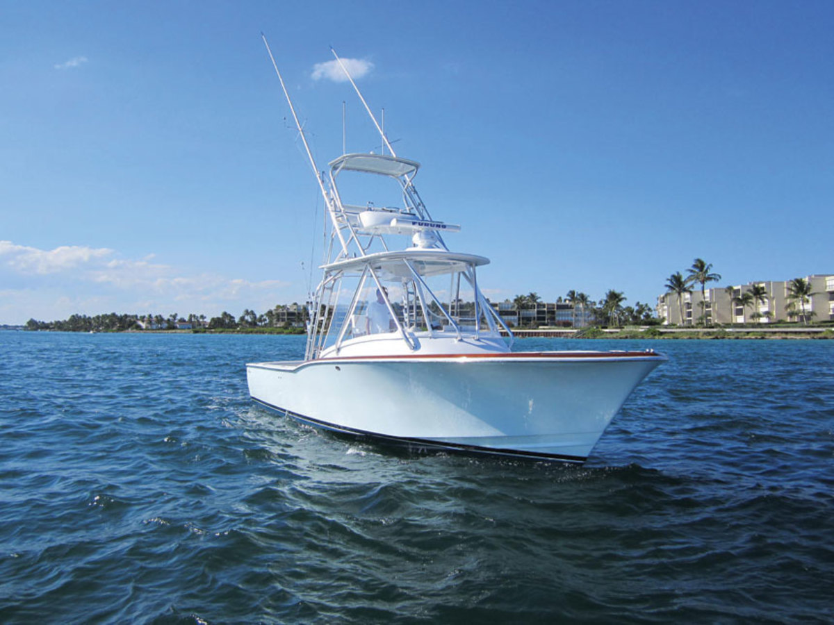 L&H's 33-footer was born of a client's desire for the perfect sportfish.