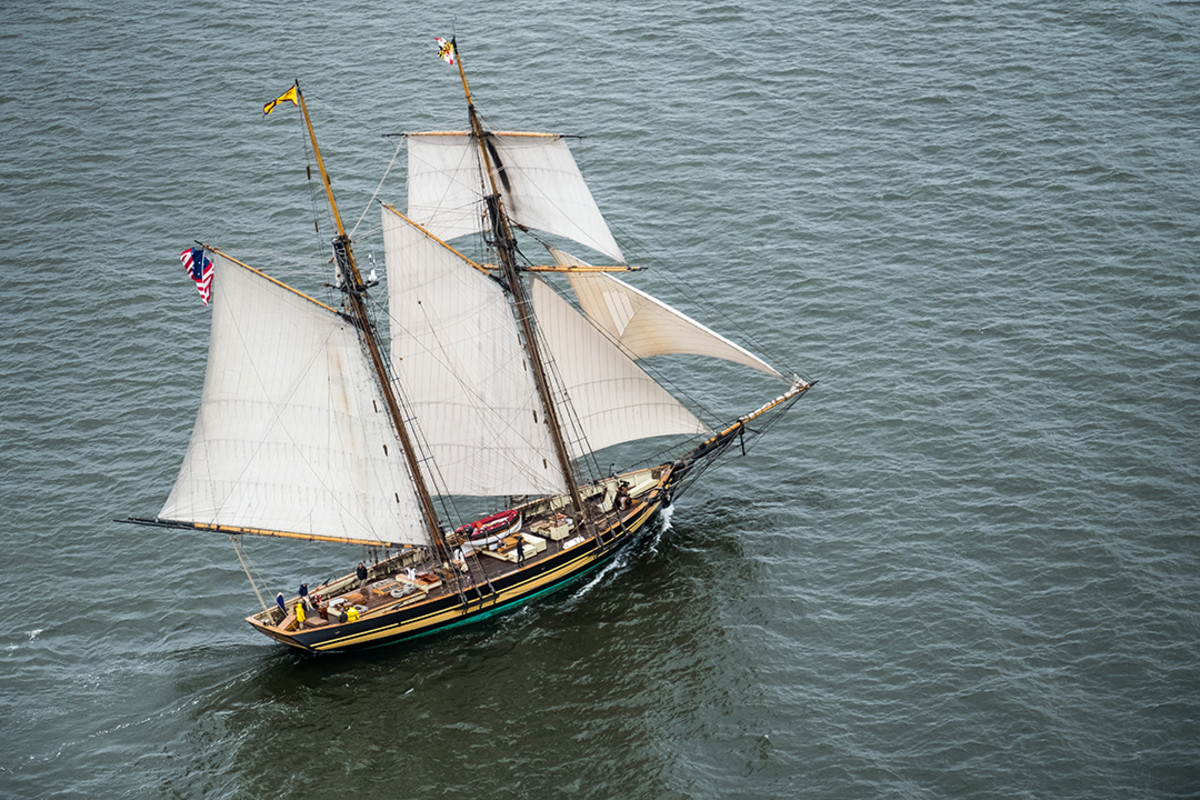 The Pride of Baltimore II under sail on Chesapeake Bay.