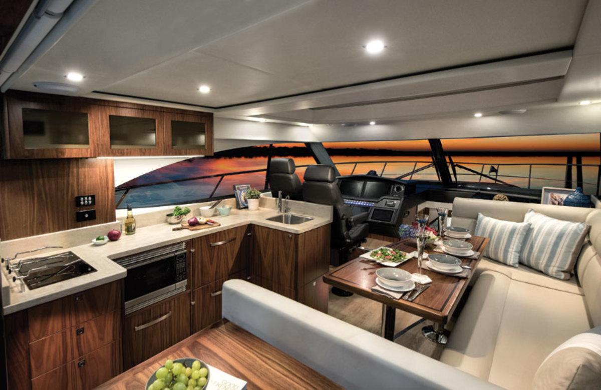 riviera-4800-sport-yacht-saloon