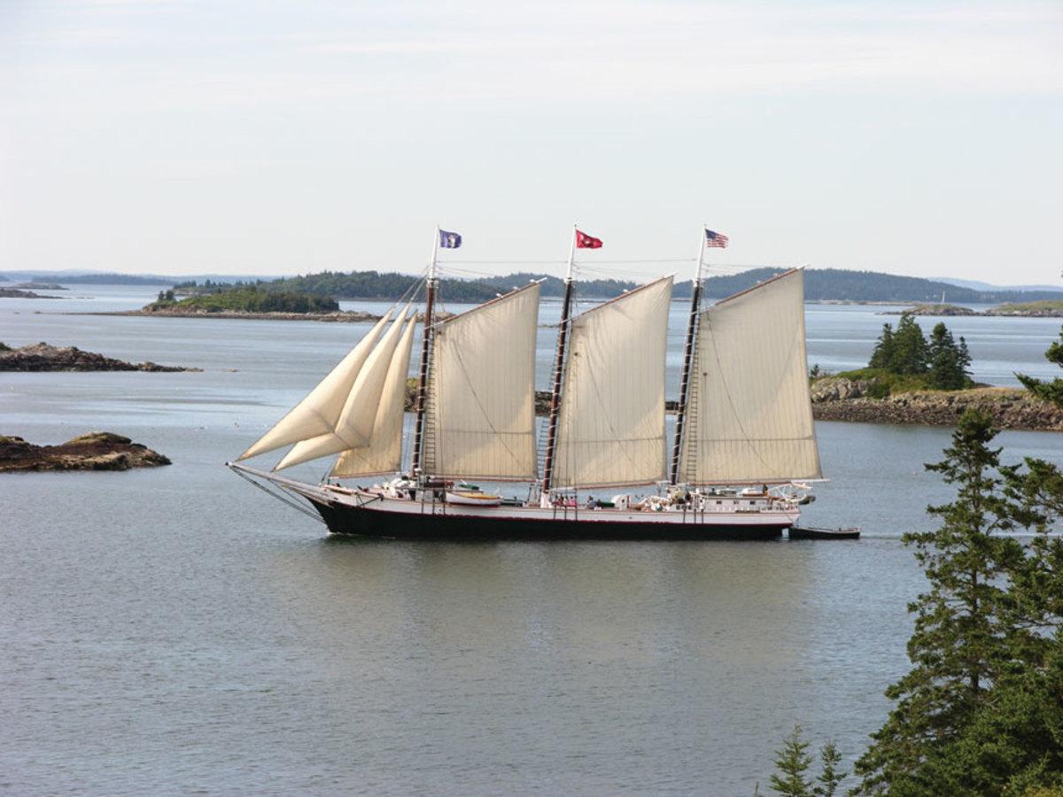 victory-chimes-chesapeake-ram-schooner