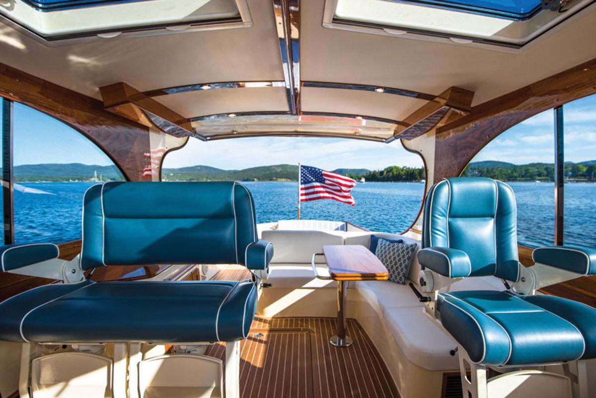 Hinckley-Picnic-Boat-40---Large--84