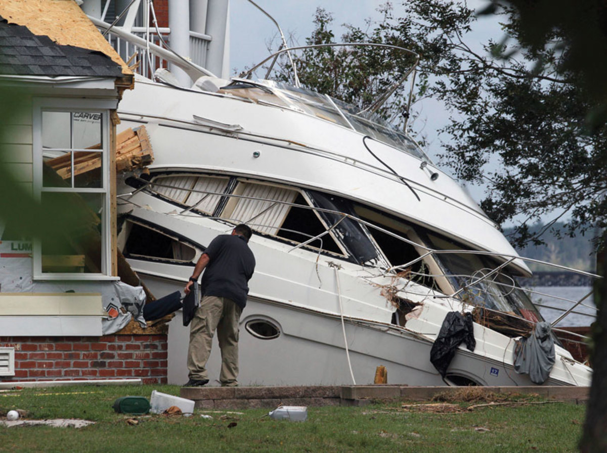 A motorboat took out a house in New Bern.