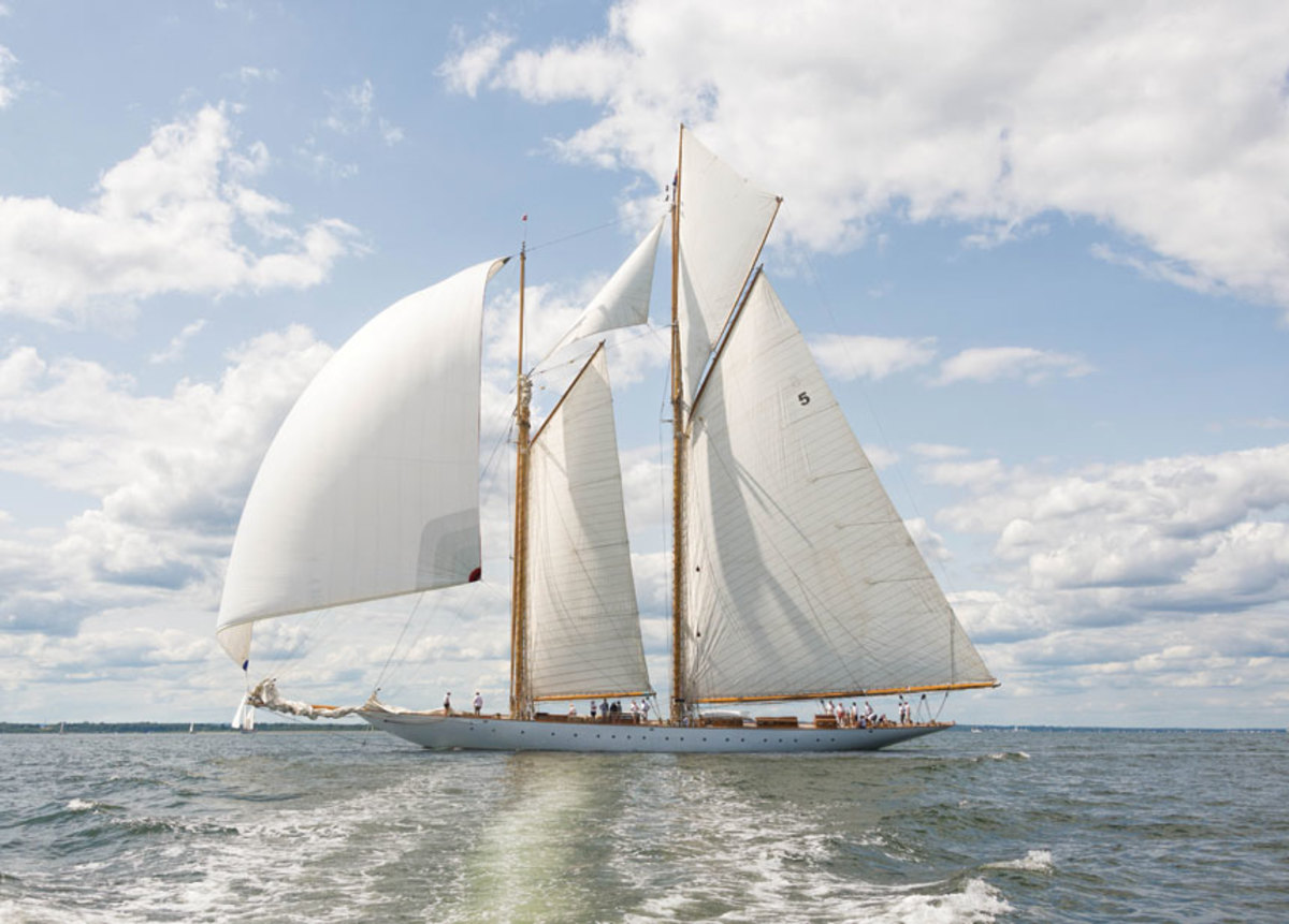 Eleonora is a replica of the 1910  Herreshoff schooner Westward.