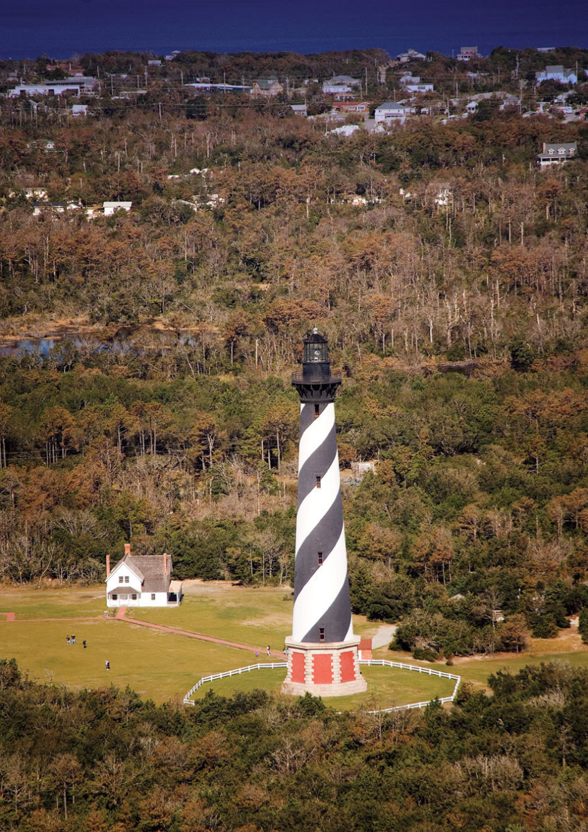 Hatteras-Lighthouse-by-Charles-Boyer