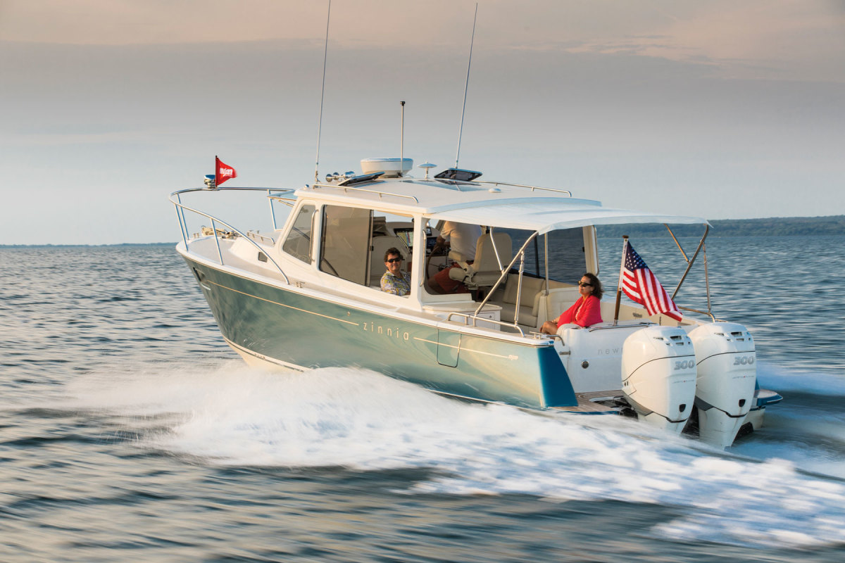 Mercury's inline 6-cylinder Verado outboards are supercharged, and throttle response is close, or equal, to that of naturally aspirated engines. Excellent balance characteristics reduce vibration and related noise