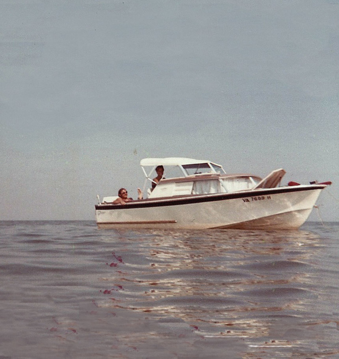 The Glasspar Seafair Sedan was the first of many boats that Tom and Mel enjoyed together.