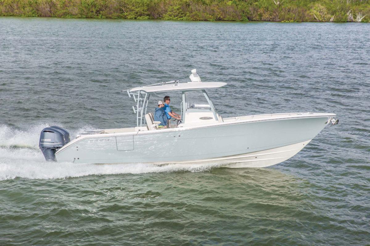 Cobia Boats 320CC