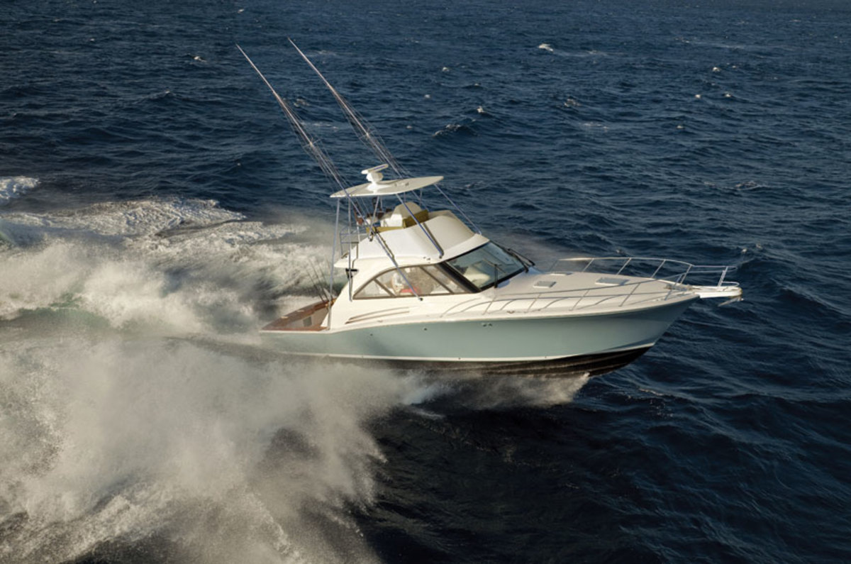 Hatteras GT45X Fly