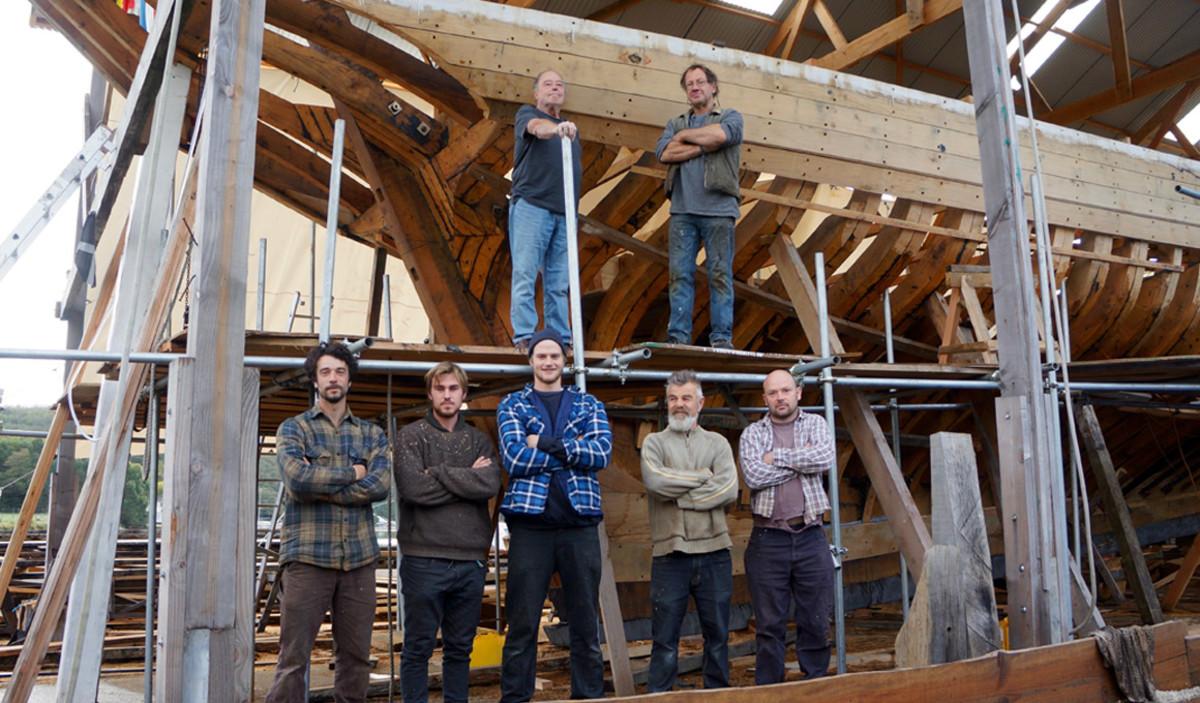 The Pellet crew in front of their handiwork.
