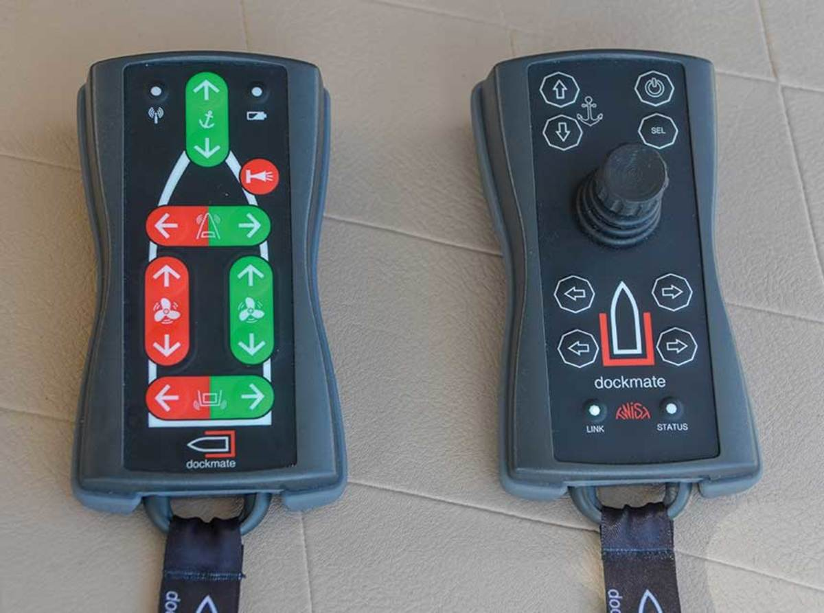 Dockmate remotes come with push buttons or joystick.