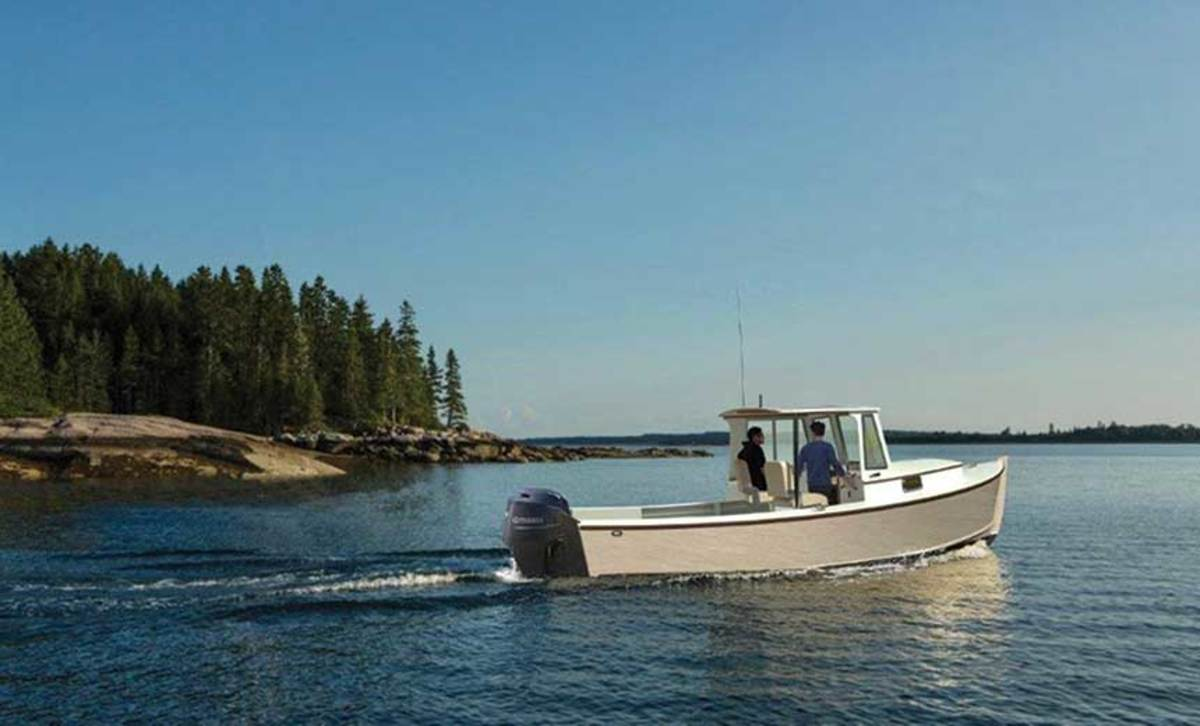 """LOA: 23'10"""" / Beam: 8'6"""" / Draft: 1'6"""" / Displ.: 4,200 lbs. / Power: 90- to 150-hp 4-stroke outboard"""