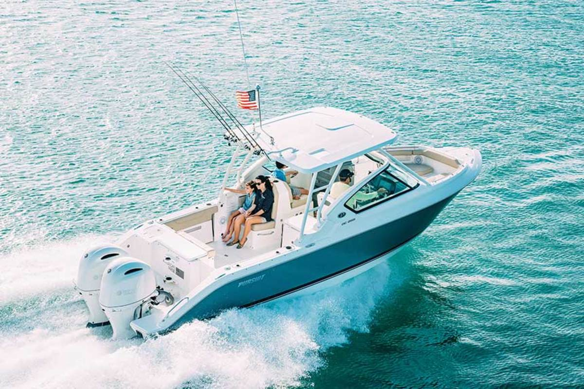 "LOA: 27'4"" / Beam: 8'9"" / Draft (motors up): 1'9"" / Displ.: 6,800 lbs. / Fuel: 139 gals. / Water: 20 gals. / Power: (2) 200-hp Yamahas / Price: $159,040"