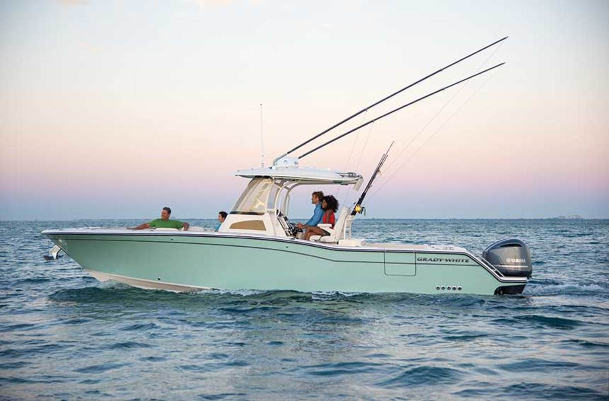 "LOA: 31'2"" / Beam: 10'9"" / Draft: 2'0"" / Weight (w/o engines): 8,500 lbs. / Fuel: 327 gals. / Power: (2) Yamaha F300 4-strokes / Price: $304,245"
