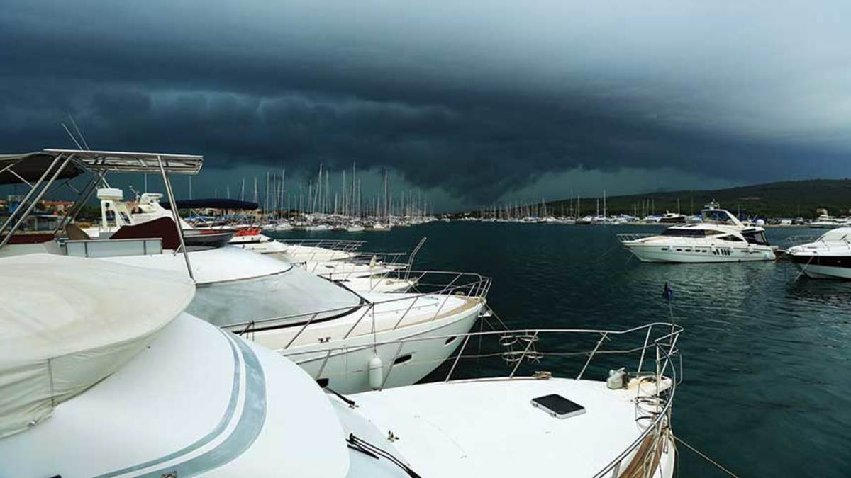 If you own a boat, you need a storm plan, even when your boat is at the dock.