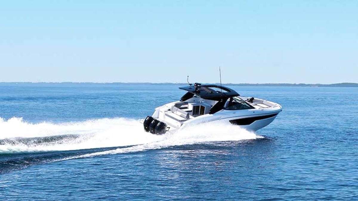 Cruisers 38GLS