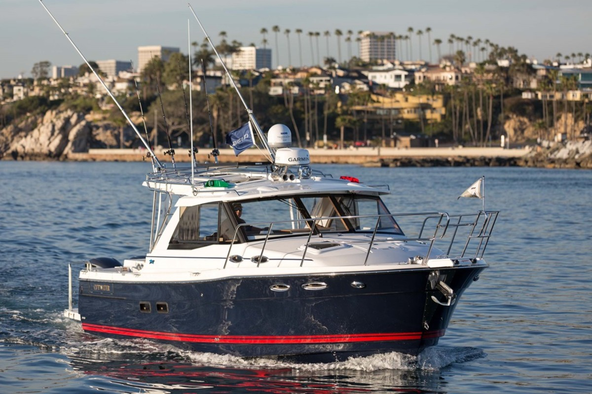 The Cutwater C-302 Sport Coupe is an outboard-powered cruiser with lots of utility baked in.