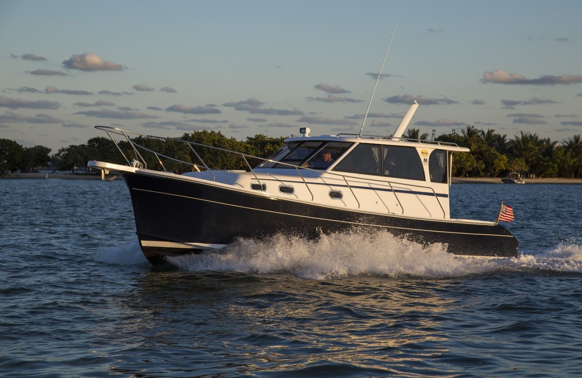The Marlow Pilot 32 is a friendly platform for cruising couples and has a 16-knot top-end.