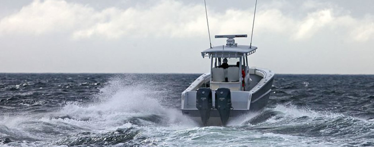 Rock Salt Alloy Boats builds this 34-foot center console fishing boat completely from aluminum.