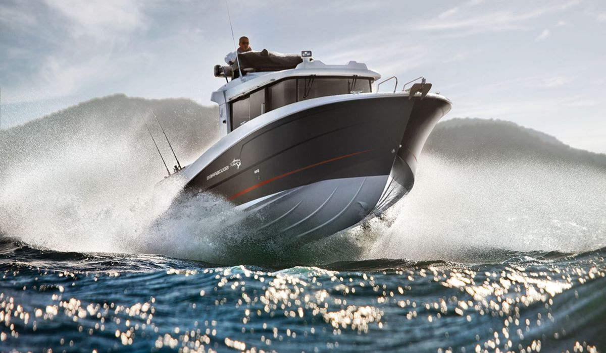 How a boat handles rough water depends on its hull design.