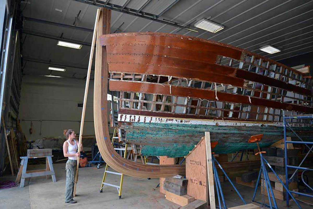 A classic Huckins is reimagined at Yachting Solutions.
