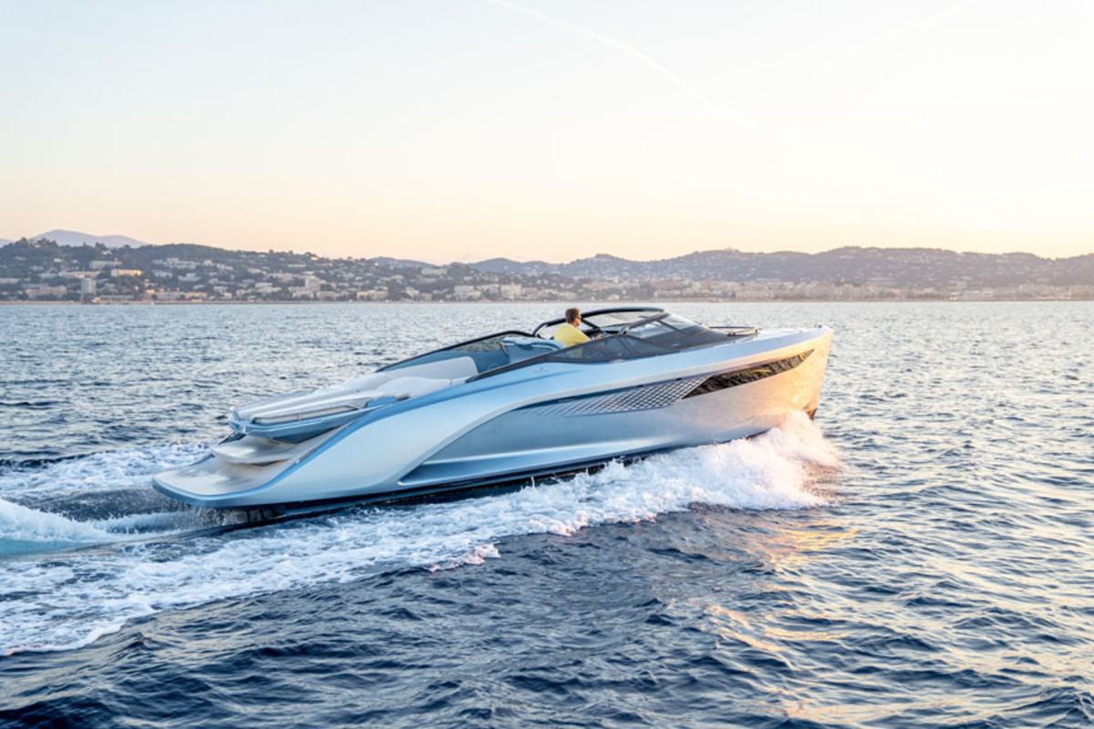 "LOA: 35'9"" | Beam: 10'8"" | Draft: 2'6"" | Displ.: 9,000 lbs. | Fuel: 132 gals. | Water: 31 gals. | Power: (2) 6.2-liter 430-hp Volvo Penta gas inboards"