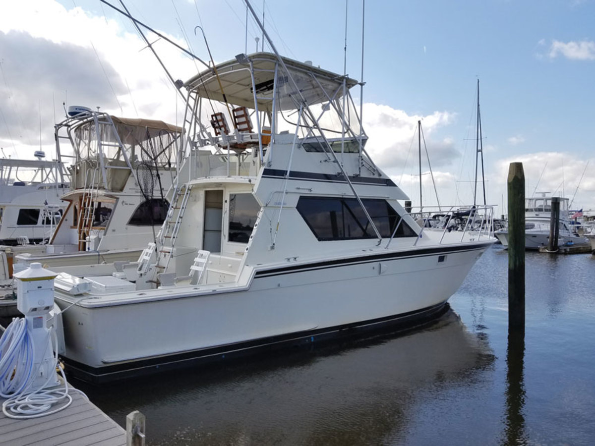 The  Hatteras 41 Convertible Series II is the descendant of a legendary boat.