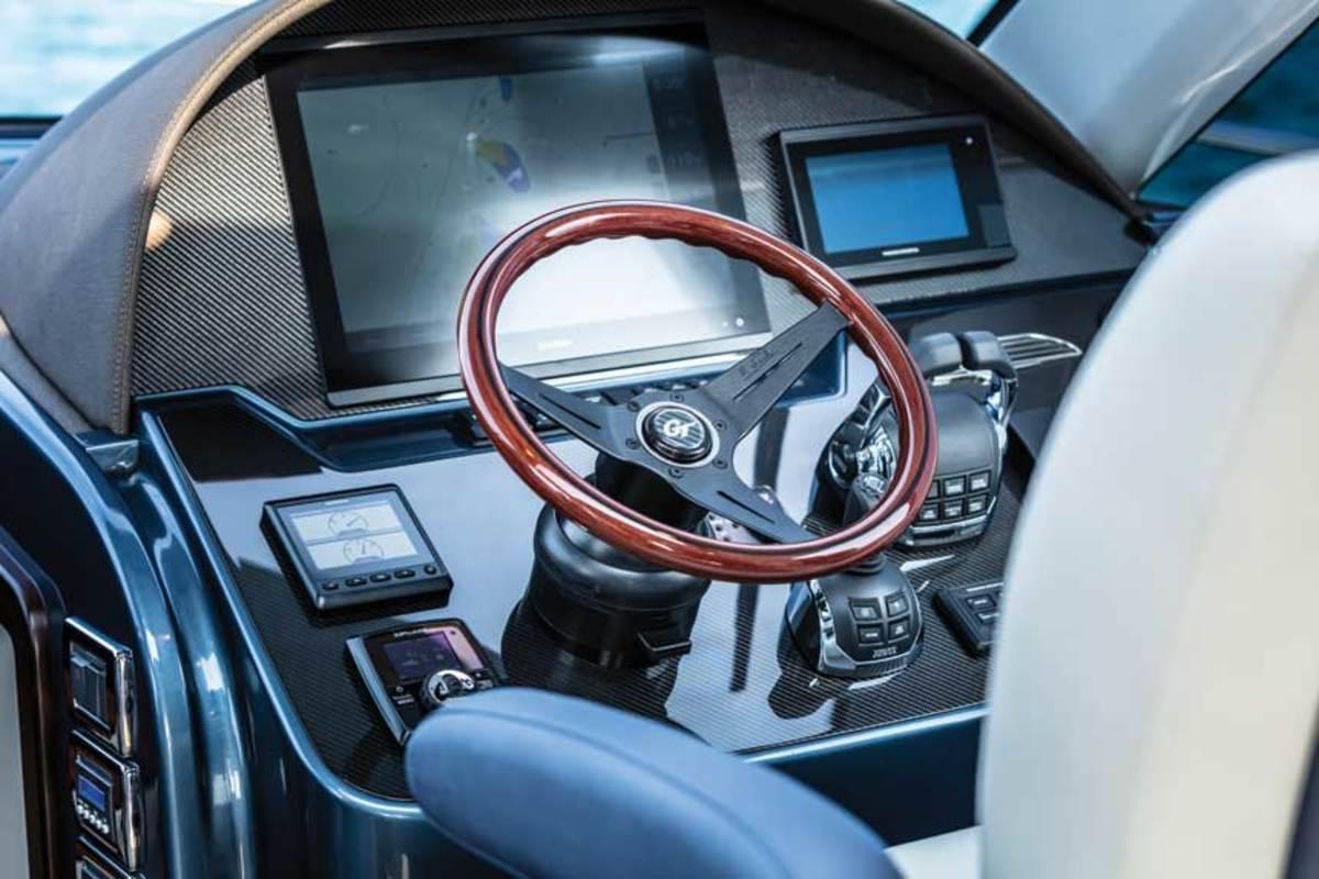 Carbon fiber keeps the Palm Beach GT 50 light, swift and strong.