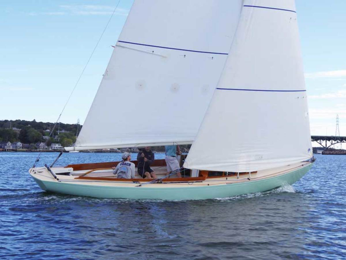 "LOA: 29'5"" / Beam: 8'0"" / Draft: 4'8"" / Displ.: 6,000 lbs. / Sail Area: 390 sq. ft. / Designer: E. Selman ""Jim"" Graves / Builder: Graves Yacht Yard"
