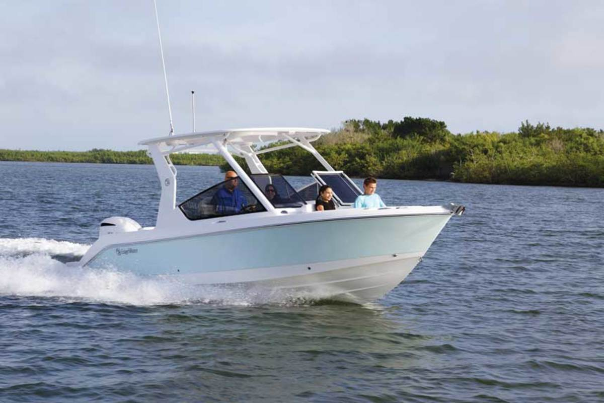 "LOA: 24'4"" / Beam: 8'6"" / Displ.: 4,623 lbs. / Fuel: 106 gals. / Water: 12 gals. / Power: (1) 250-hp Yamaha / Price: $127,611"