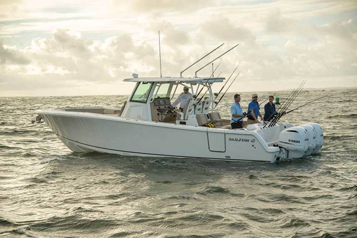 "LOA: 36' / Beam: 11'2"" / Weight: 12,700 lbs. / Power: (3) 300-hp Yamaha F300 4-strokes / Price: $429,429"