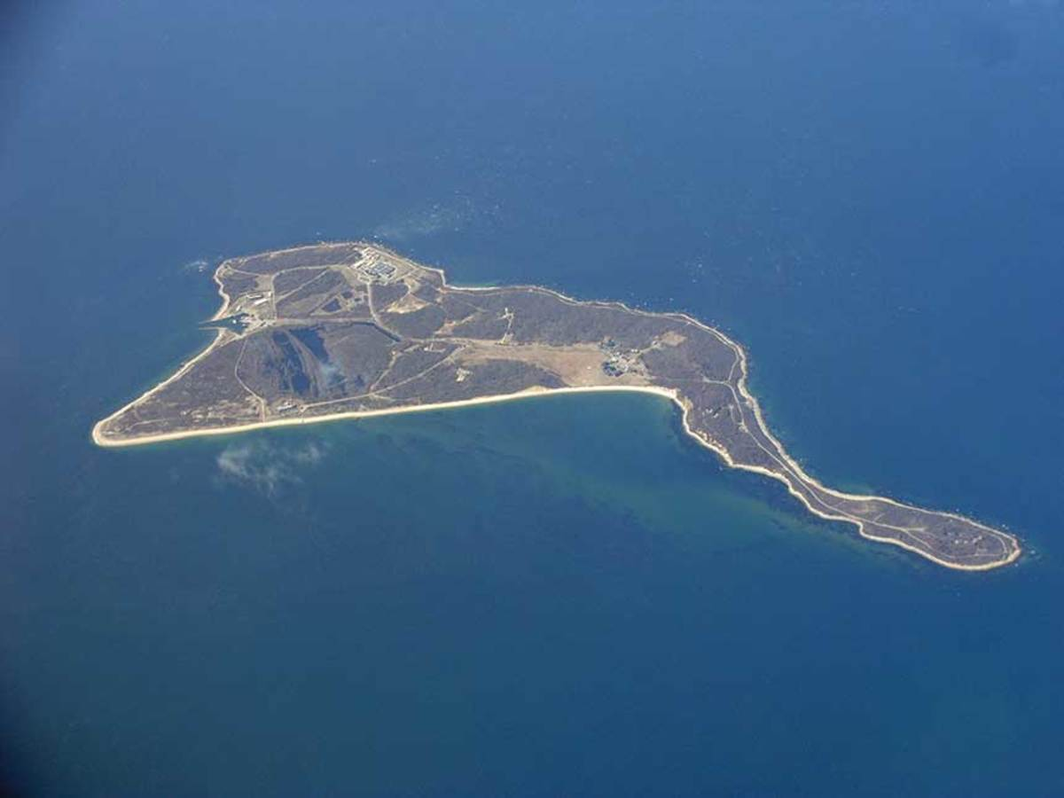 The island is located between Orient Point and Fishers Island.
