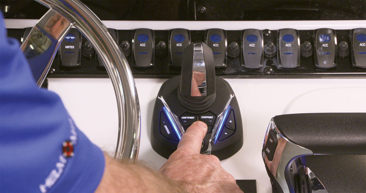 Yamaha's new Helm Master EX joystick system now allows boat owners with single-engine applications to enjoy joystick control.