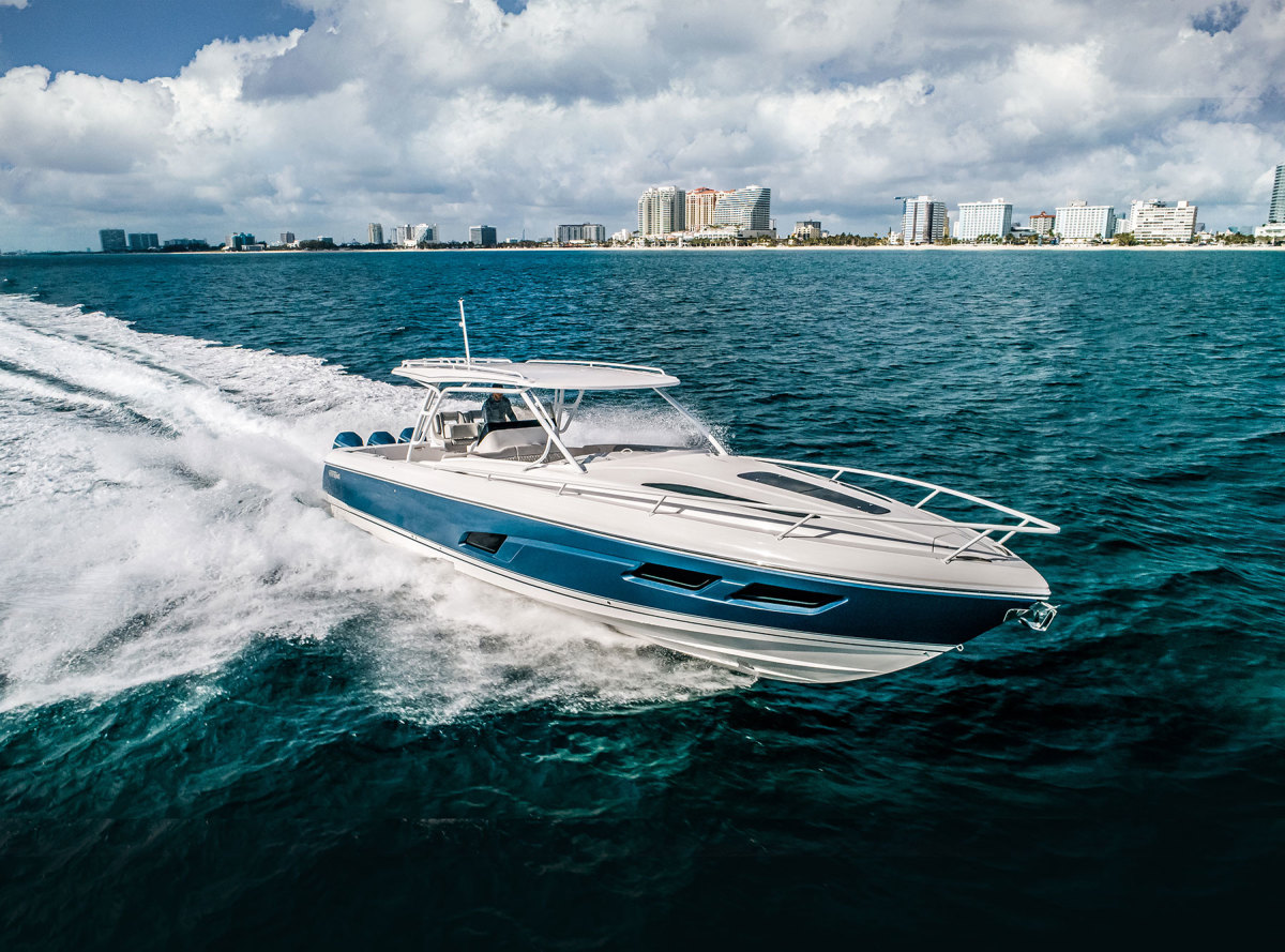 The Intrepid 409 Valor combines fishing and dayboat features on an ocean-ready hull.