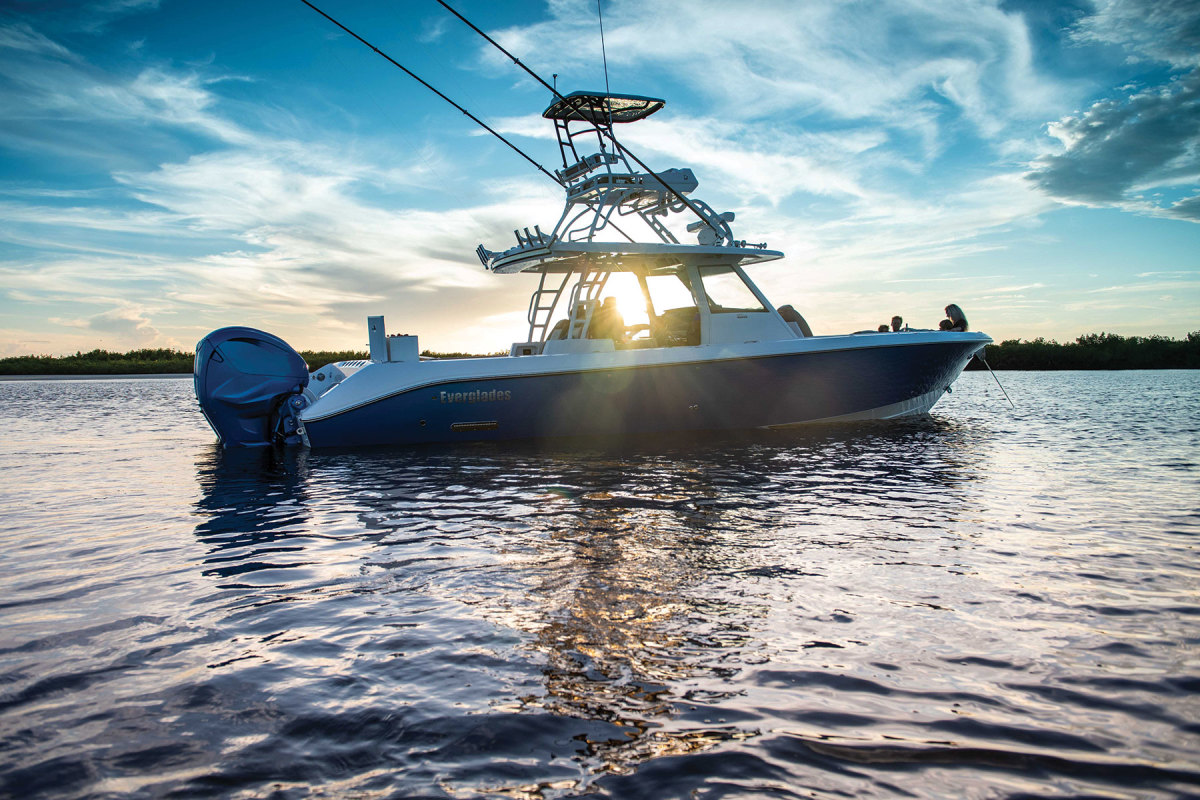 Like all boats from Everglades,  the 395cc is built to be unsinkable.