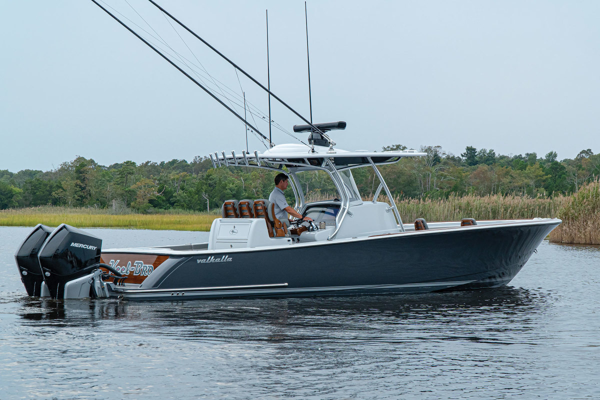 The Wilson's Valhalla sports ashark-grey bottom, whisper-grey topsides and a faux-teak transom.