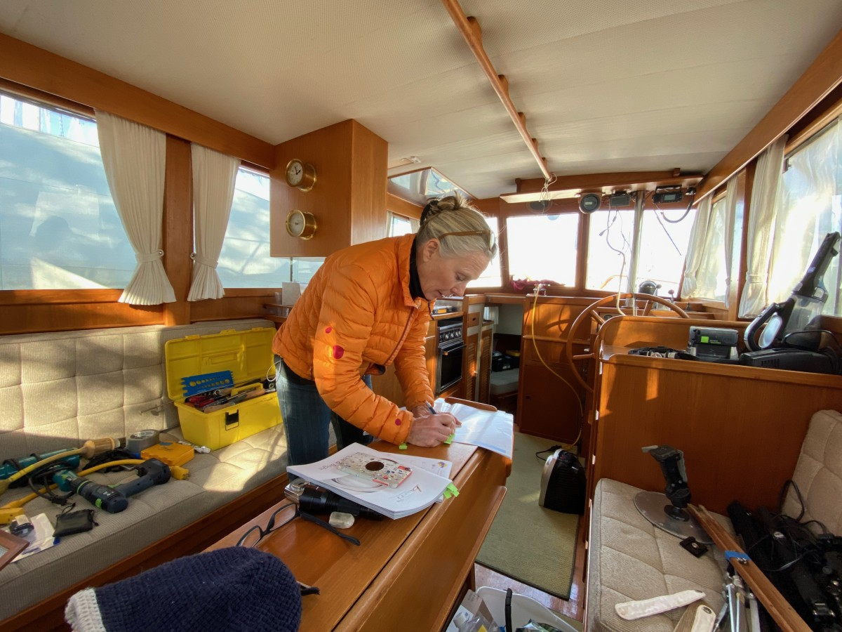 Tenley van der Wal researches new LED lighting for Snow Goose.
