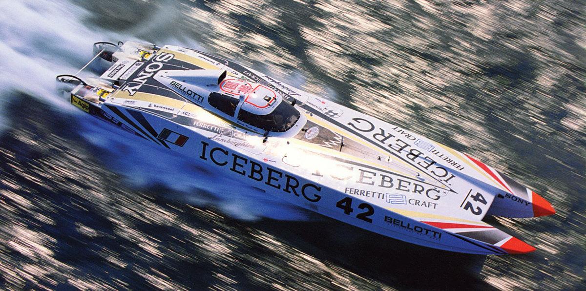 The raceboat Iceberg