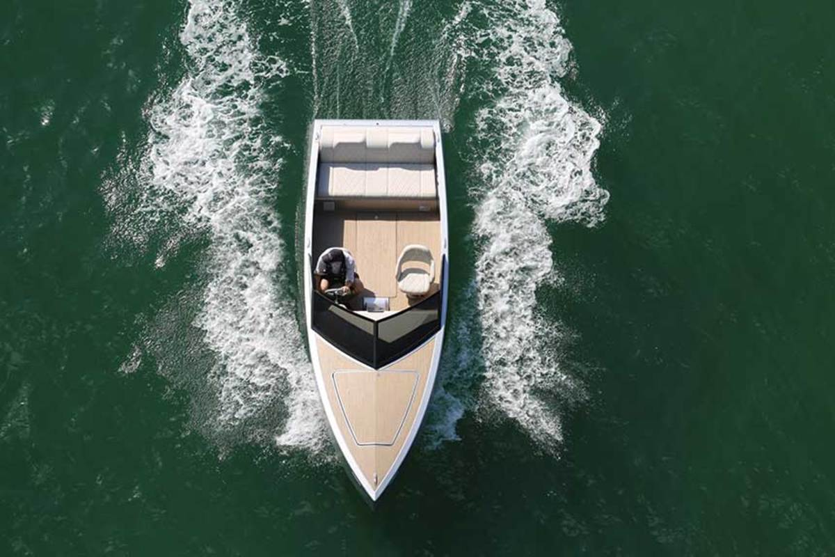 With the electric drive in the bow and the battery in the stern, the Z2R rides level at all speeds and comfortably seats five passengers.