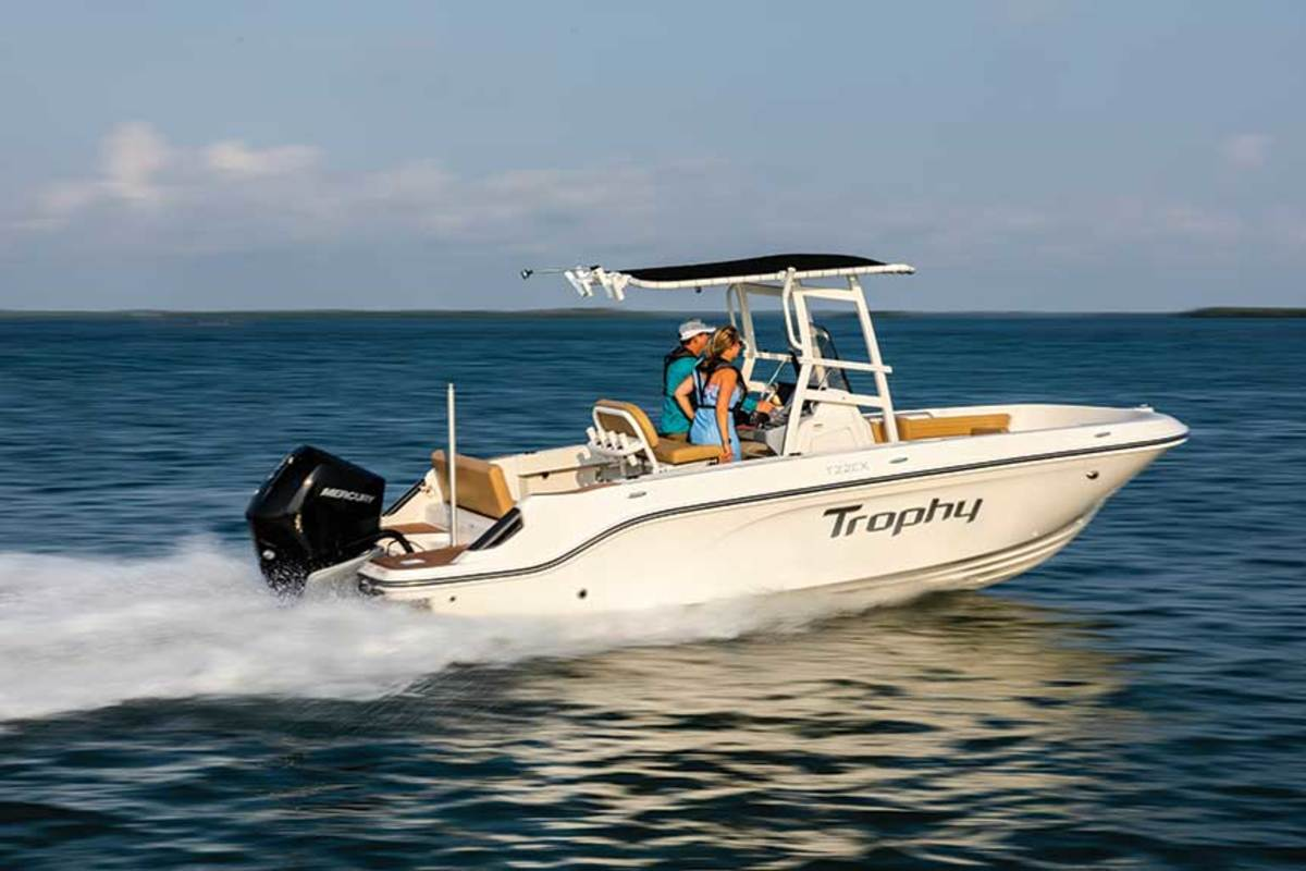 """LOA: 22'7"""",  Beam: 8'6"""" , Fuel: 65 gals.,  Power: 150-hp Mercury Four Stroke outboard,  Base Price: $42,714"""