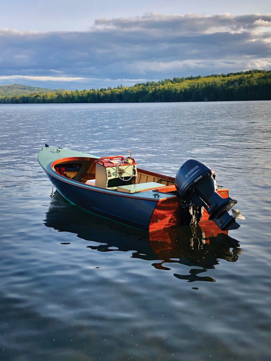 Six RiverMarine recently launched a 17-1/2-footversion of its West Pointer interpretation.