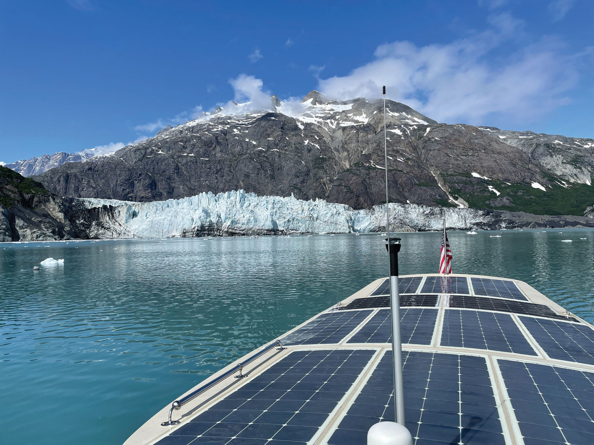 The Solar Sal 27 Wayward Sun is powered by 12 flexible Solbian panels that feed into six Torqeedo lithium batteries to run the Torqeedo Cruise 4.0 pod.