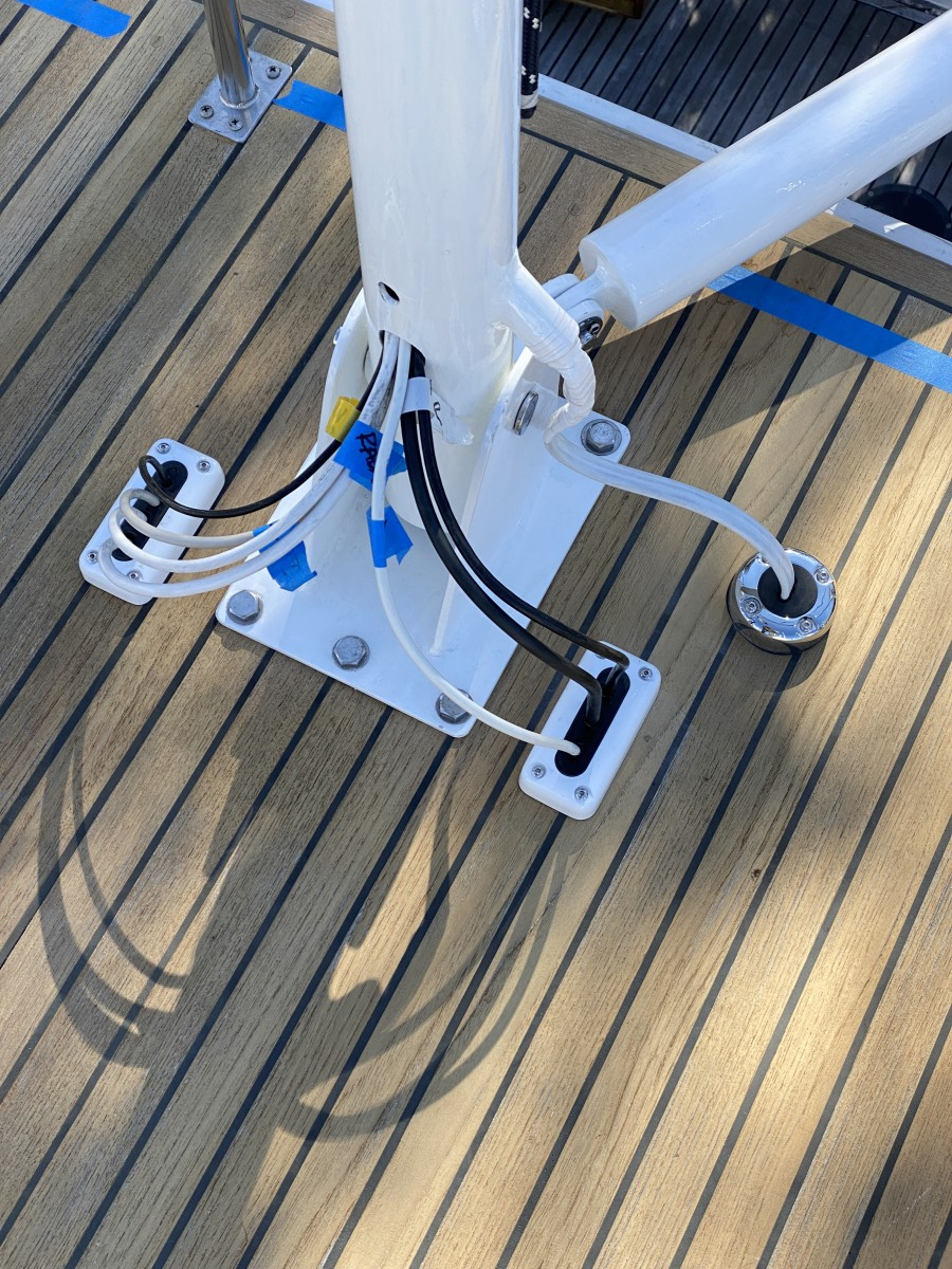 Three Seaview cable seals allowed Onne to get eight wires through the deck without causing leaks.