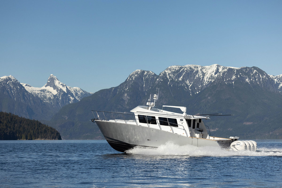 The boat comes standard with quad 350-hp Mercury Verados. Optional quad 425-hp Yamahas produce a 55-knot top-end speed.